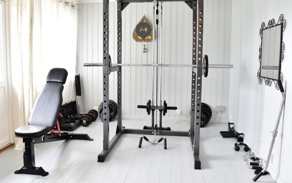 article on building home gym by Natlaie Bernacchi